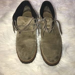Vince Chukkas Brown Tan suede ankle boots